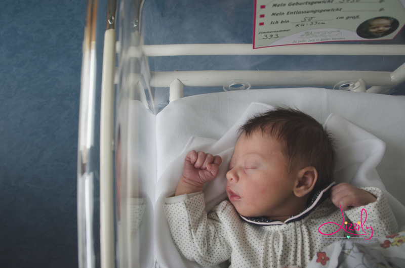 neugeborenenfotografie_krankenhaus_karlsruhe